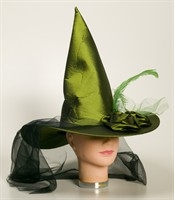 Witch hat Halloween luxurious green, one size