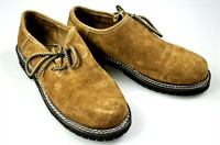 Traditional shoes Oktoberfest light brown