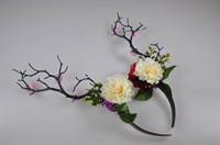 Hair circlet branches and flowers