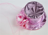 Top Hat pink mini rose & tulle