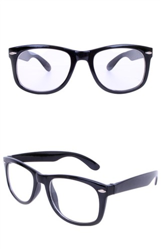 Glasses black with clear glass apiece